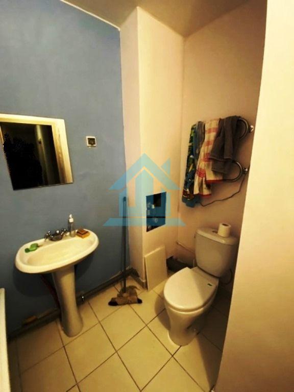 Квартира на продажу по адресу Россия, Санкт-Петербург, Санкт-Петербург, Крыленко ул, 1к1стр1